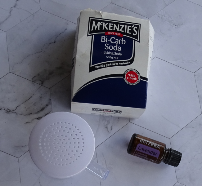 Make carpet cleaner with two ingredients. BiCarb and lavender doterra essential oil